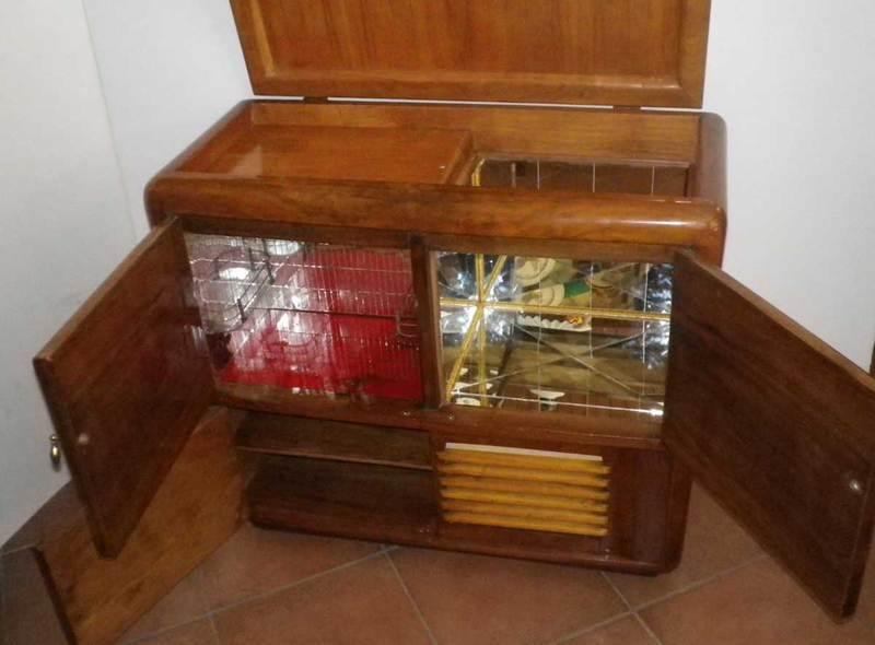 Mobile Bar - ex Radio Giradischi anni 50 trasformato Mobile Bar