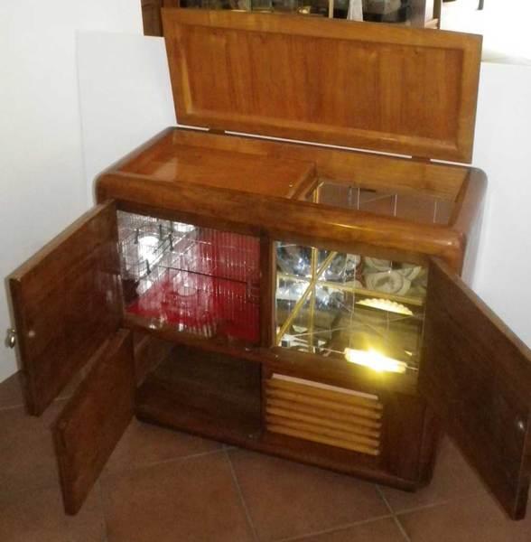 Oggetti vintage mobili radio giradischi comodini specchiere - Mobili vintage anni 60 ...